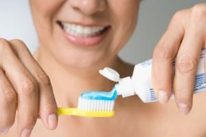 tinkama dantų priežiūra